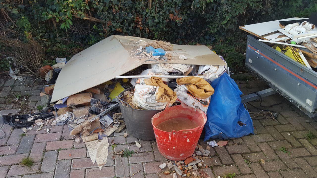 Harlington House Rubbish Recycling UB3